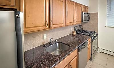 Kitchen, 1 MacArthur Blvd, 1