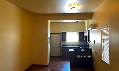Bedroom, 823 N San Pedro St, 1