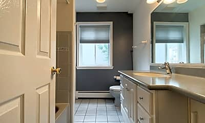 Bathroom, 2218 Summer St, 1