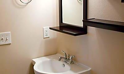 Bathroom, 323 NE 158th St., 1