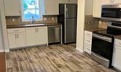 Kitchen, 5629 Bay Meadows Rd, 1