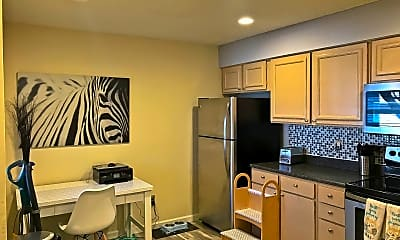 Kitchen, 7185 S Gaylord St, 1