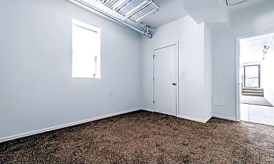 Bedroom, 2610 N Laramie Ave, 2