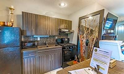 Kitchen, 600 Oakridge Blvd, 0