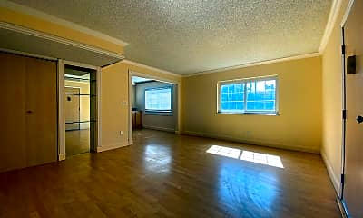 Living Room, 6800 E Tennessee Ave, 0
