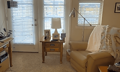 Living Room, 18698 Mainstreet, 2