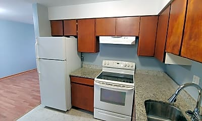 Kitchen, 18217 Exchange Ave, 1