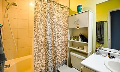 Bathroom, 3387 Queensgate Way, 2