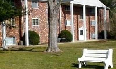 Colonial Garden Apartments, 2