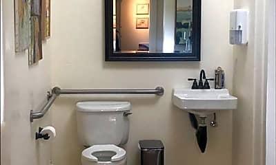 Bathroom, 40 Church St, 2