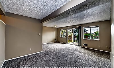 Living Room, 335 Heather Rd, 1