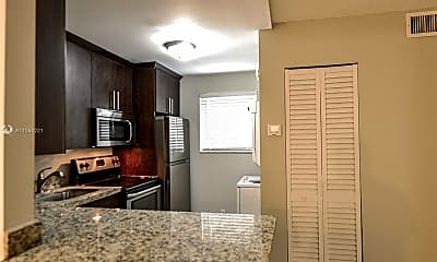 Kitchen, 703 Gardens Dr 102, 1