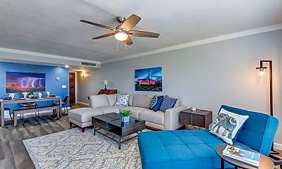 Living Room, 5124 N 31st Pl 533, 0