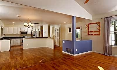 Living Room, 508 Lake Ct, 1