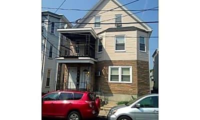 Building, 3 Everett Ave, 2