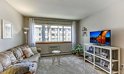 Living Room, 2112 Garfield Ave 8, 0