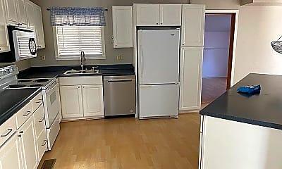 Kitchen, 687 Apollo Rd, 2