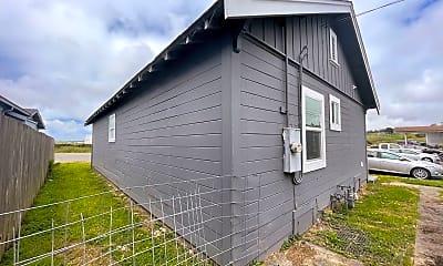Building, 2471 Eel River Dr, 2