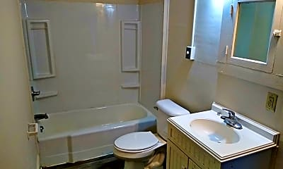 Bathroom, 1137 S 25th St, 2