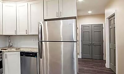 Kitchen, 2158 Powell Ave, 1