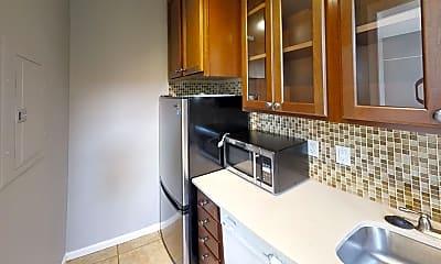 Kitchen, 1737 Queens Ln, 1