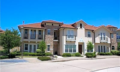 Building, 825 W Royal Ln 16, 0