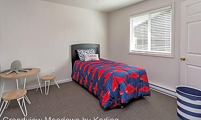 Bedroom, 4251 Grandview Ave, 1