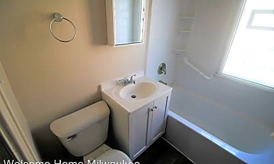 Bathroom, 1523 S 70th St, 2
