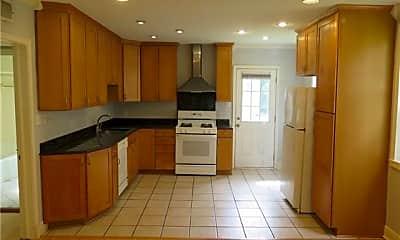 Kitchen, 204 Jefferson Ave, 1