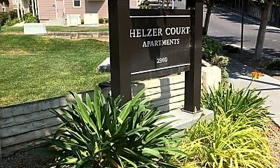 Helzer Courts Apartments, 1