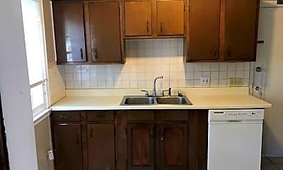 Kitchen, 3600 Daleford Rd, 2
