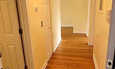 Bathroom, 2107 N Pulaski Rd, 2