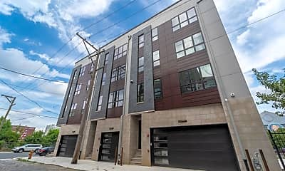 Building, 10 Callowhill St C, 0