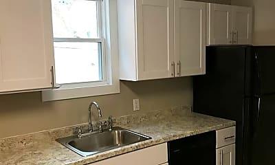 Kitchen, 1058 S Clinton Ave, 1