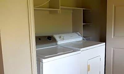 Kitchen, 2212 Lafayette Dr, 2