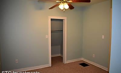 Bathroom, 518 W Chandler St, 2