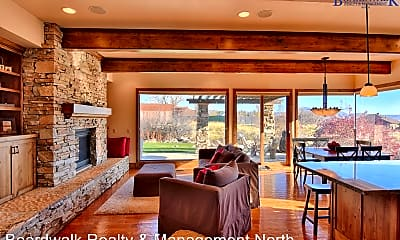 Living Room, 4293 Sunrise Dr, 0
