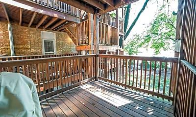 Patio / Deck, 2721 N Sawyer Ave 1, 1