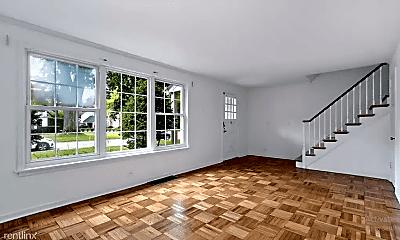 Living Room, 11 Salem Ln, 1
