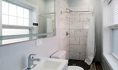 Bathroom, 6045 N Winthrop Ave, 2