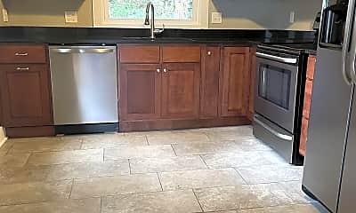Kitchen, 721 Bluff St, 0