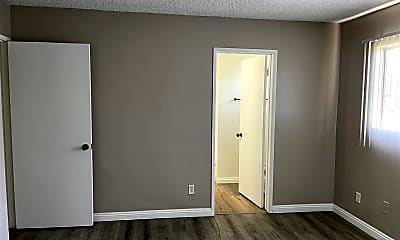 Bedroom, 621 N Cerritos Ave, 2