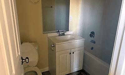 Bathroom, 2 Asti St, 2