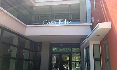 Casa Feliz Studios, 1