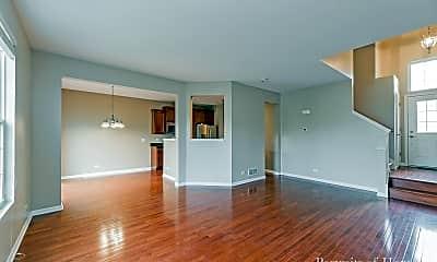 Living Room, 10S420 Carrington Cir, 1