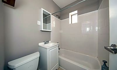 Bathroom, 52 Florida St 16, 2