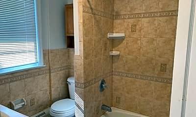 Bathroom, 4523 Bergenwood Ave 2, 2