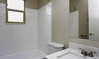 Bathroom, Commons On 2nd, 2