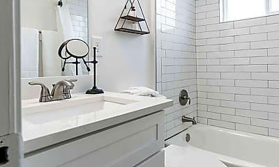Bathroom, 1073-1081 Woodland Ave NE, 1