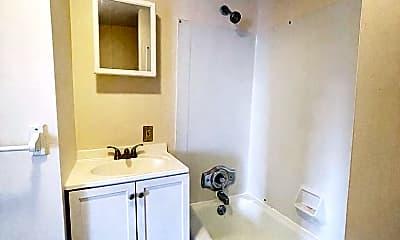 Bathroom, 114 S Champlain St, 1